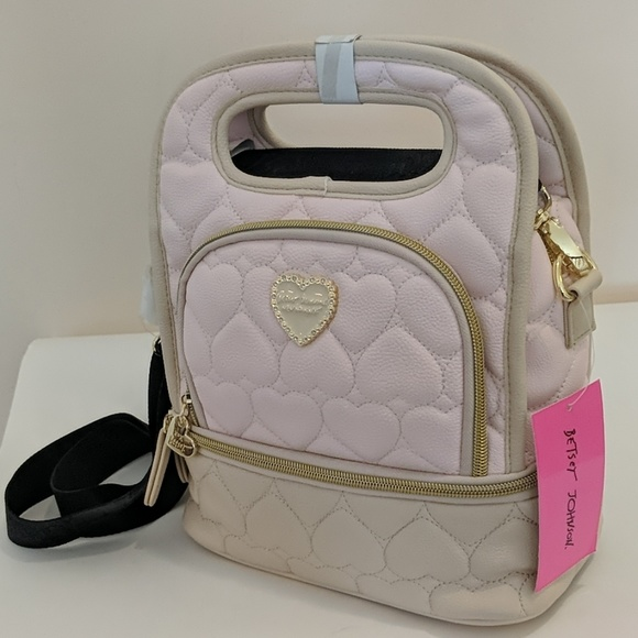 Betsey Johnson Handbags - NWT BETSEY JOHNSON INSULATED LUNCH TOTE